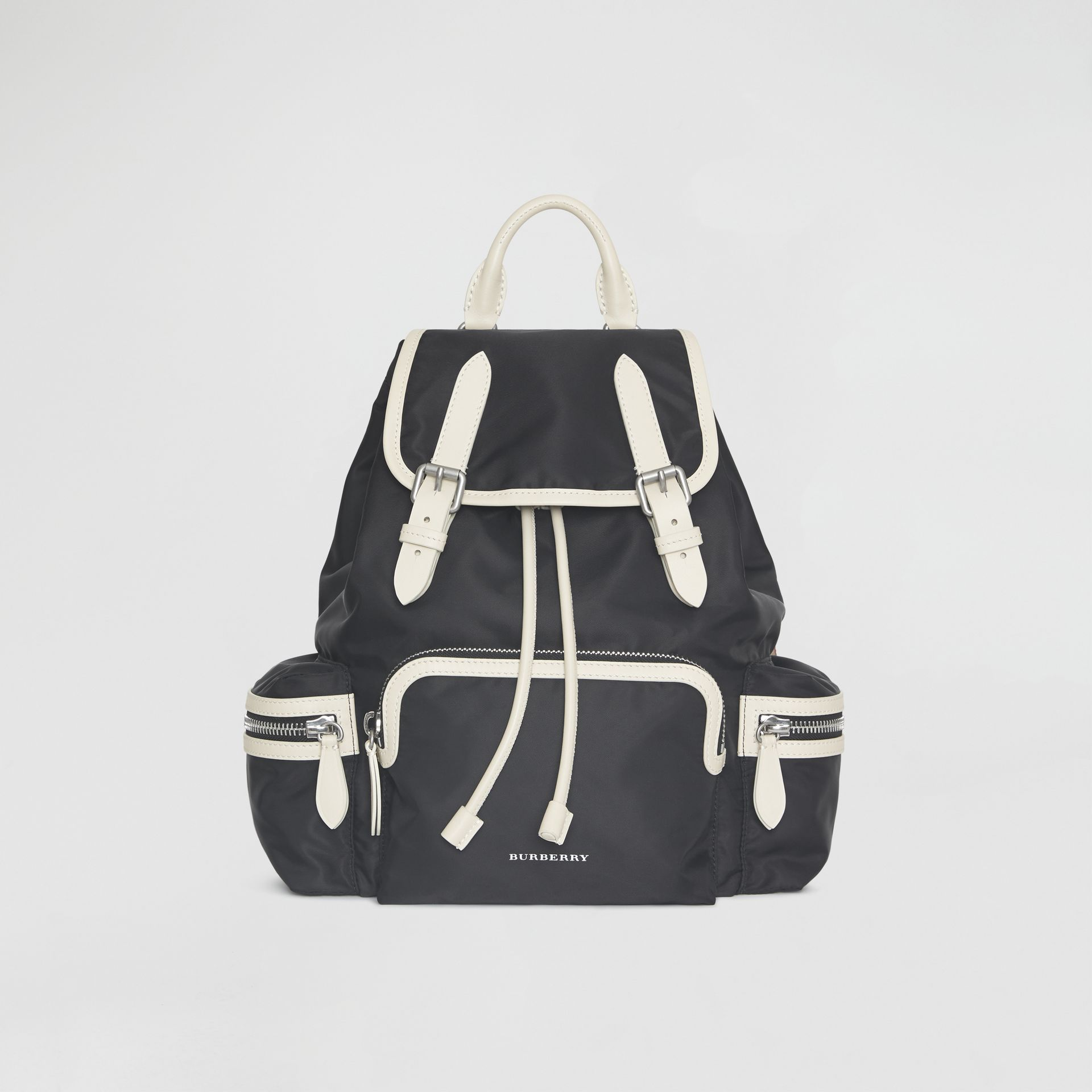 Sac The Rucksack moyen en nylon technique et cuir (Noir) - Femme | Burberry - photo de la galerie 0