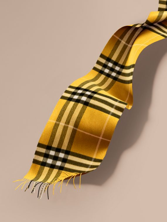 The Classic Cashmere Scarf in Check  in Gorse Yellow