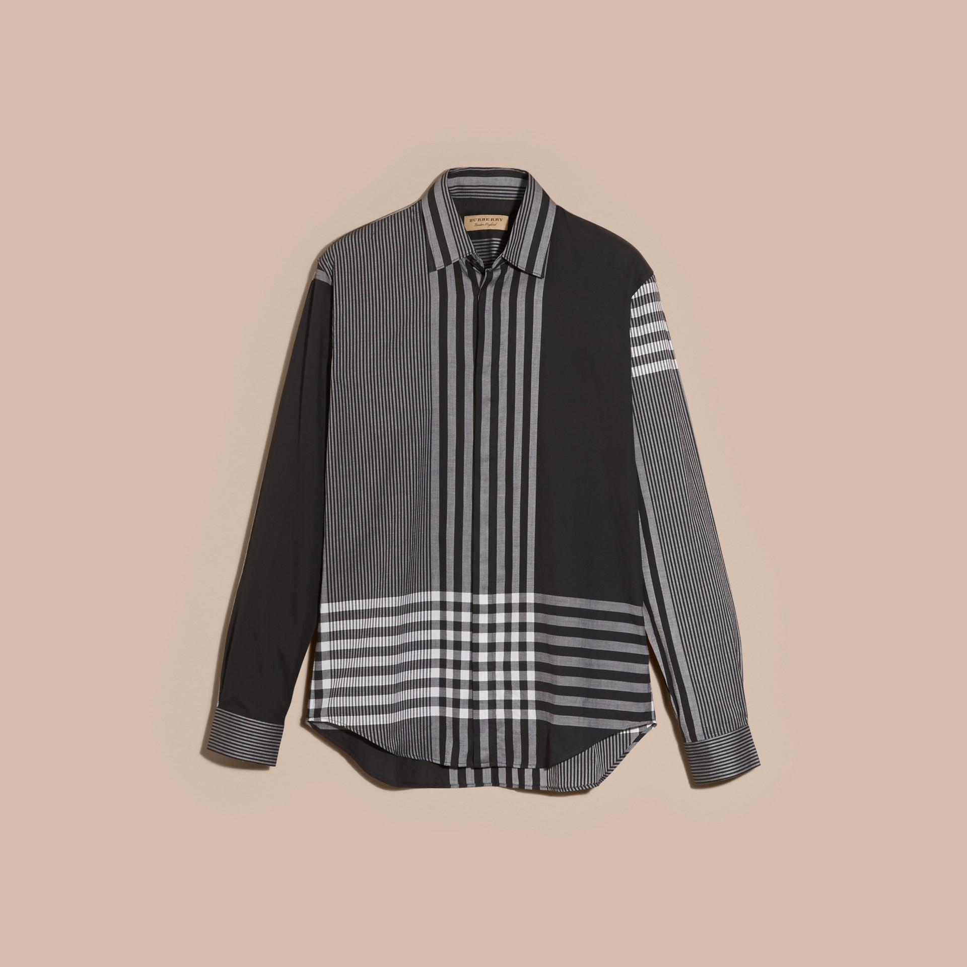 Nero Camicia in cotone con motivo check grafico Nero - immagine della galleria 4