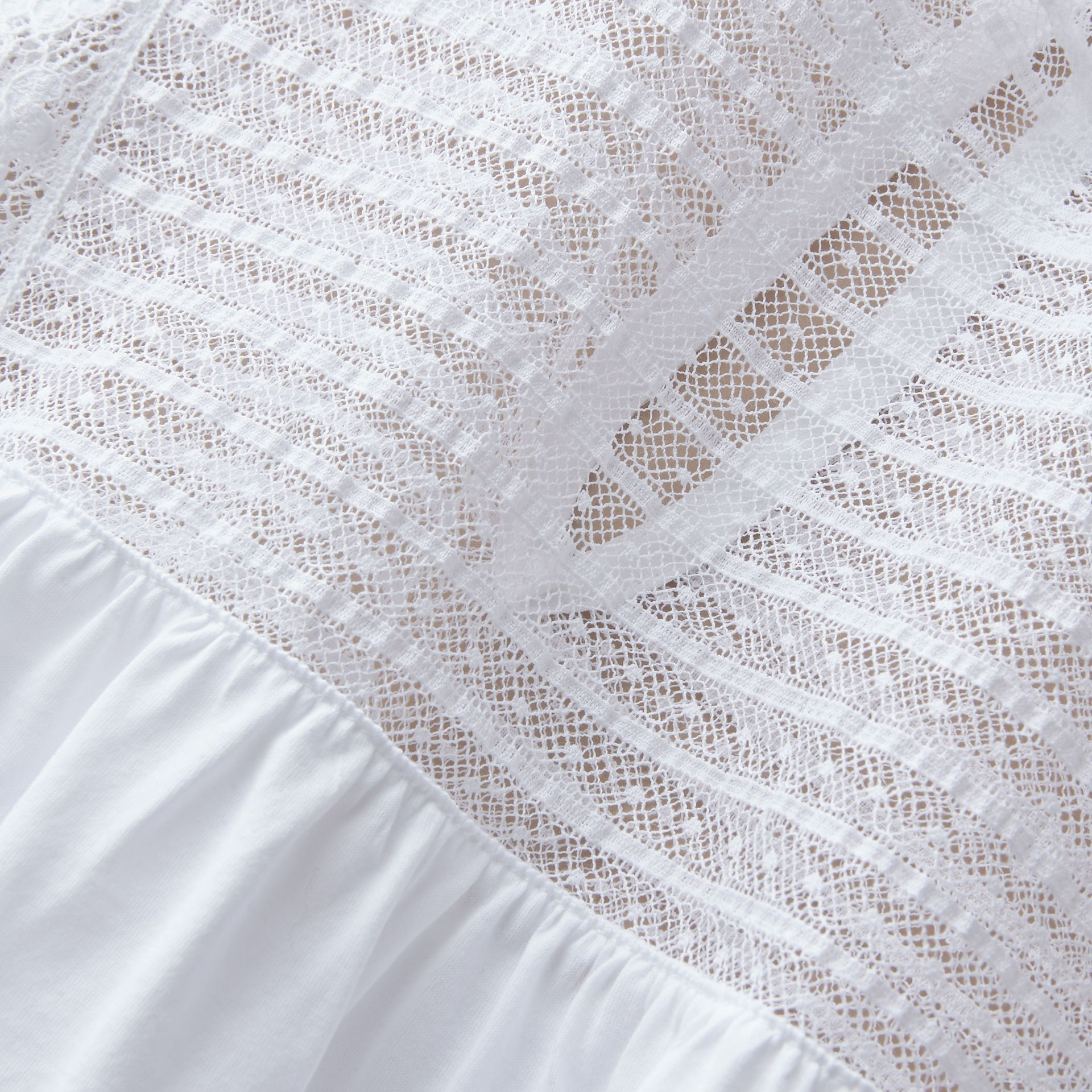Sleeveless Lace Panel Cotton Top in White - Women | Burberry - gallery image 2