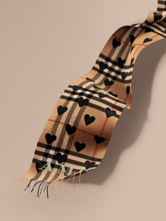 The Classic Cashmere Scarf in Check and Hearts in Black