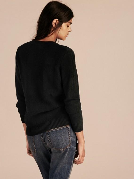 Schwarz Pullover aus Wolle und Kaschmir mit Check-Muster Schwarz - cell image 2