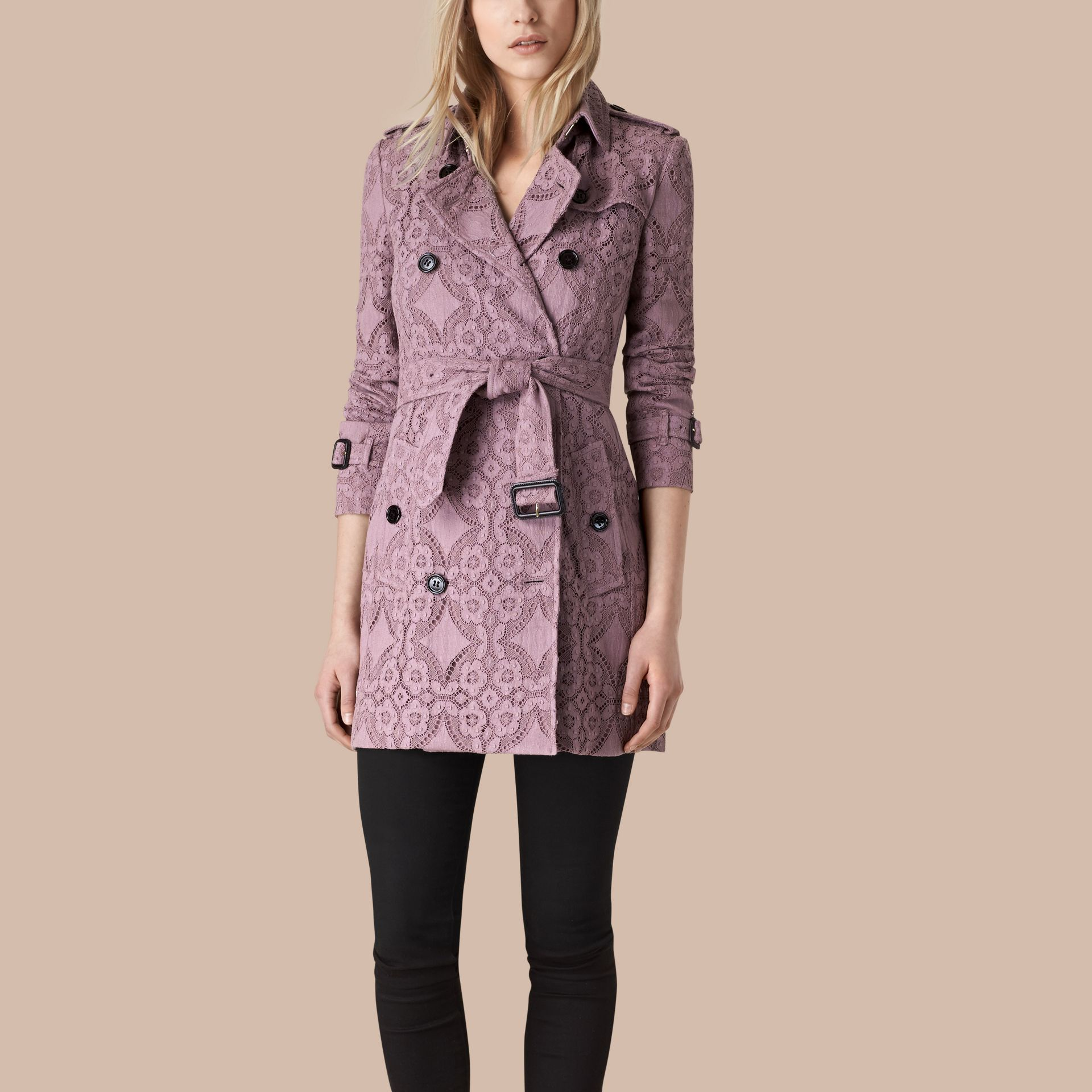 Mauve pâle Trench-coat en dentelle de gabardine - photo de la galerie 1