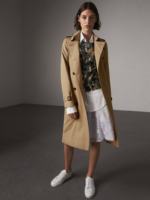 The Kensington – Extra-long Trench Coat in Honey