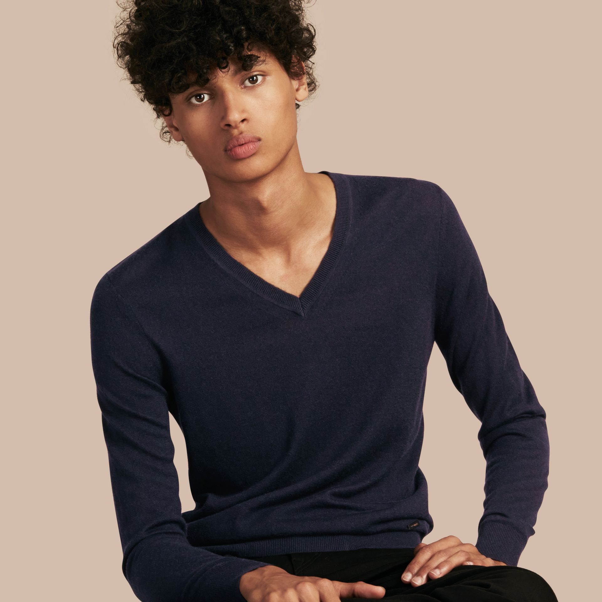 Navy Cashmere V-neck Sweater Navy - gallery image 1
