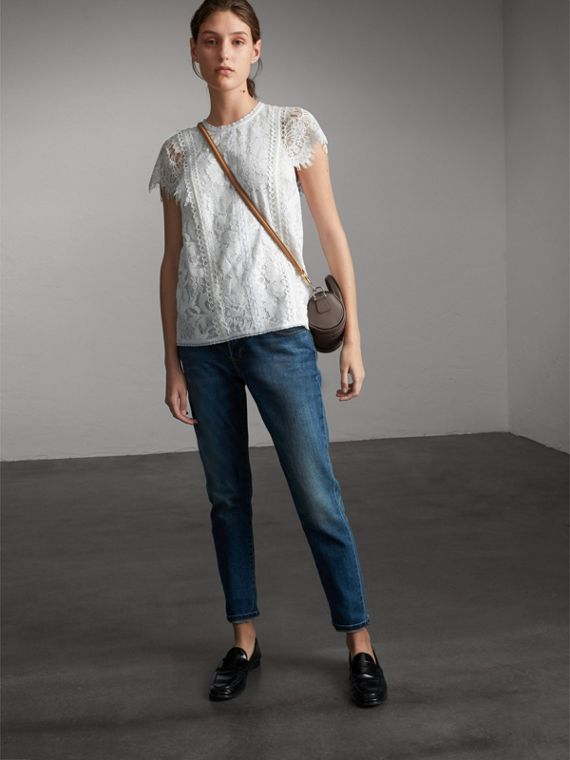Scalloped Cap Sleeve Floral Lace Top