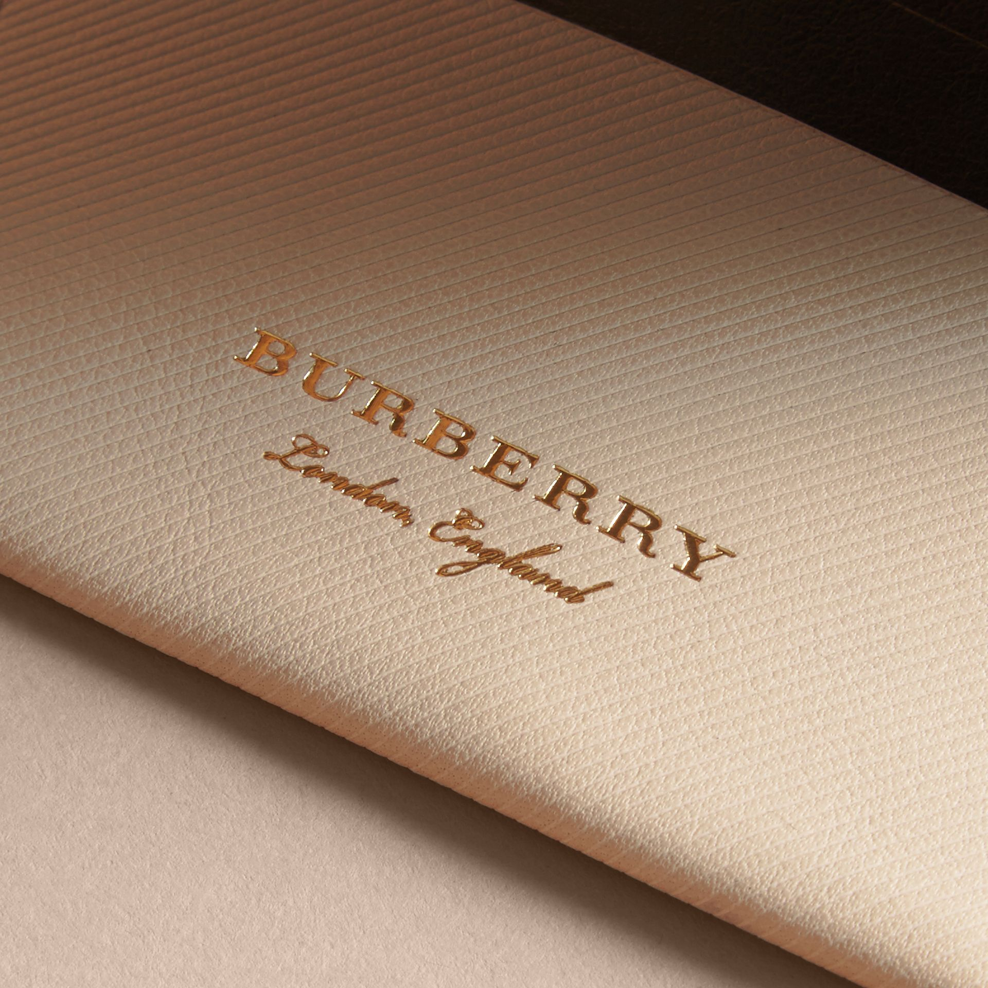 Two-tone Trench Leather Card Case in Limestone/ Black - Women | Burberry - gallery image 1