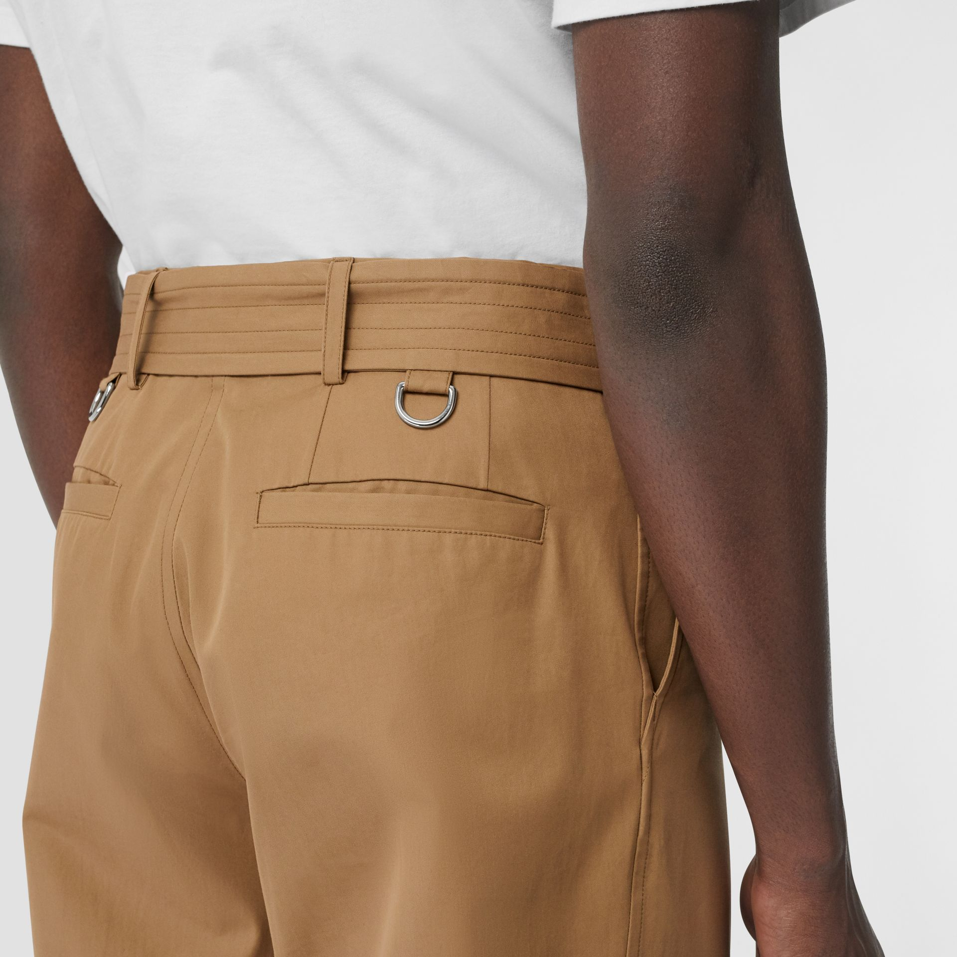 D-ring Detail Belted Cotton Trousers in Toffee | Burberry - gallery image 4