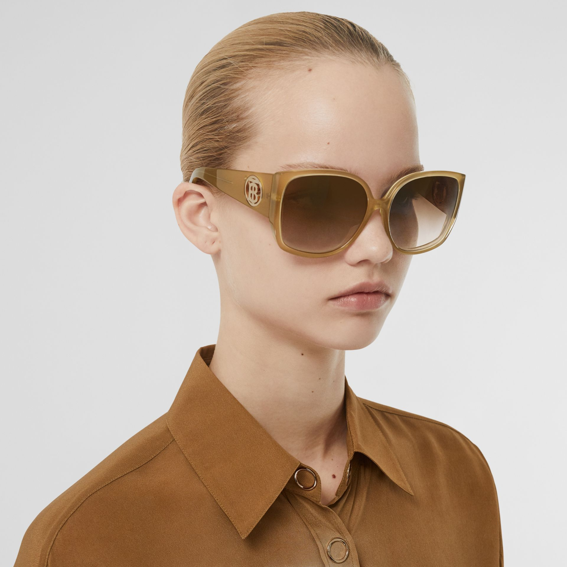 Oversized Butterfly Frame Sunglasses in Beige - Women | Burberry Australia - gallery image 2