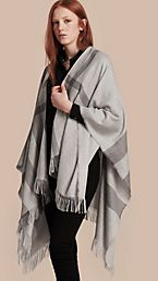 Lightweight Check Cashmere Poncho