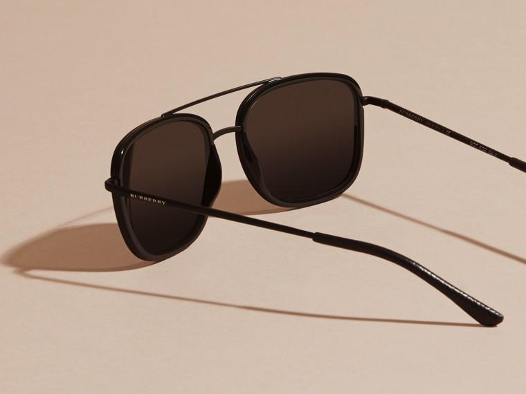 Nero Occhiali da sole con montatura squadrata in acetato e pelle Nero - cell image 4