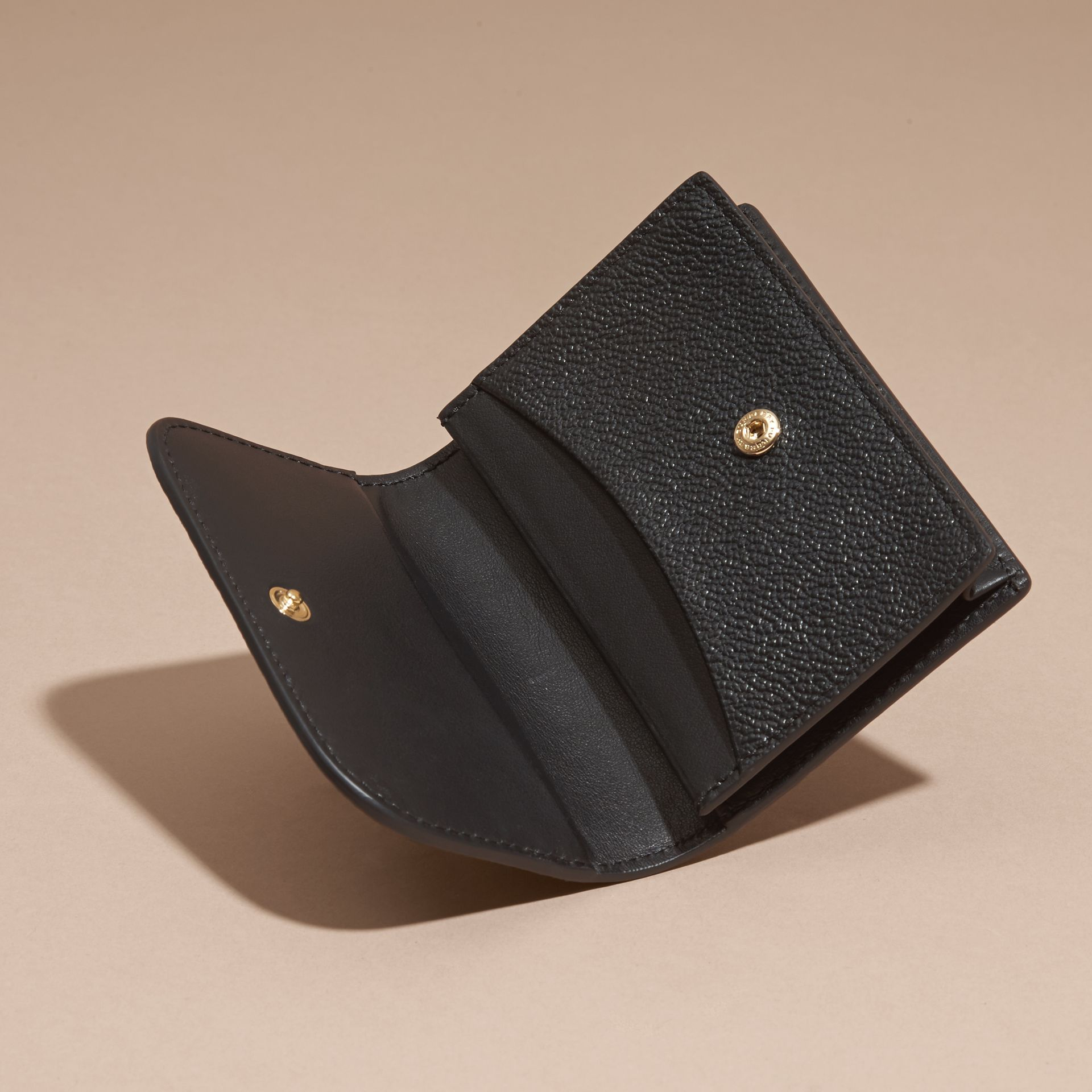 Grainy Leather Card Case Black - gallery image 5