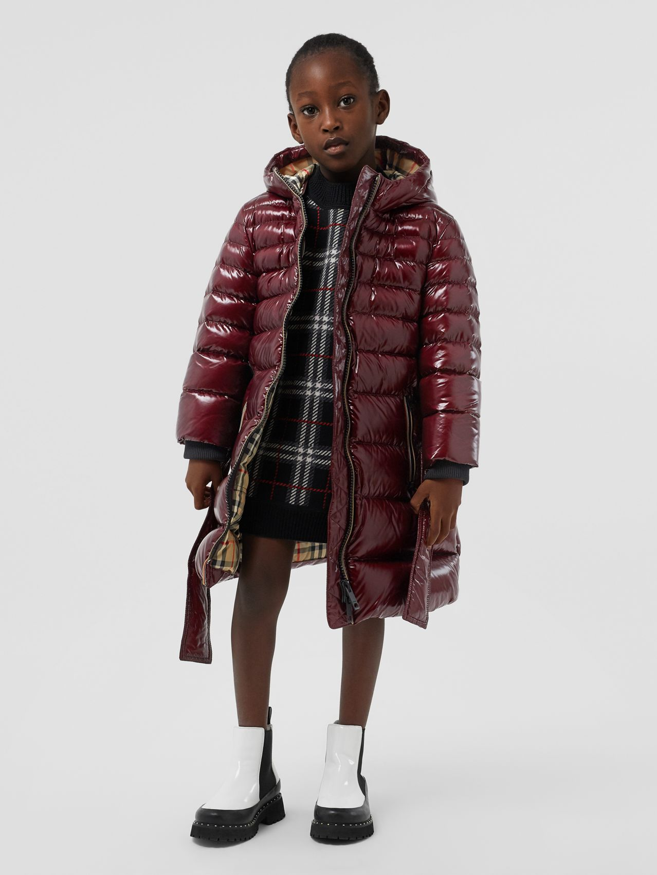 Icon Stripe Detail Down-filled Hooded Puffer Coat in Burgundy