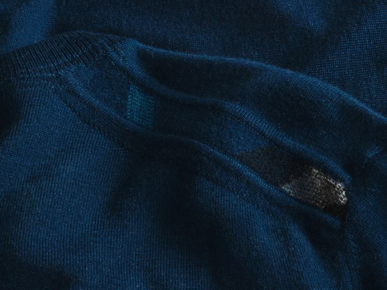 Lightweight Crew Neck Cashmere Sweater with Check Trim Dark Teal - cell image 1