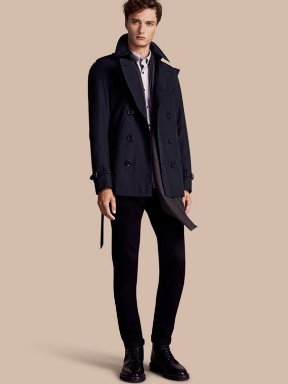 The Sandringham – Short Heritage Trench Coat Navy