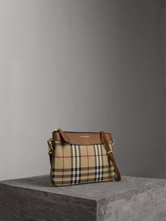 Pochette con pelle e motivo Horseferry check (Marroncino) - Donna | Burberry