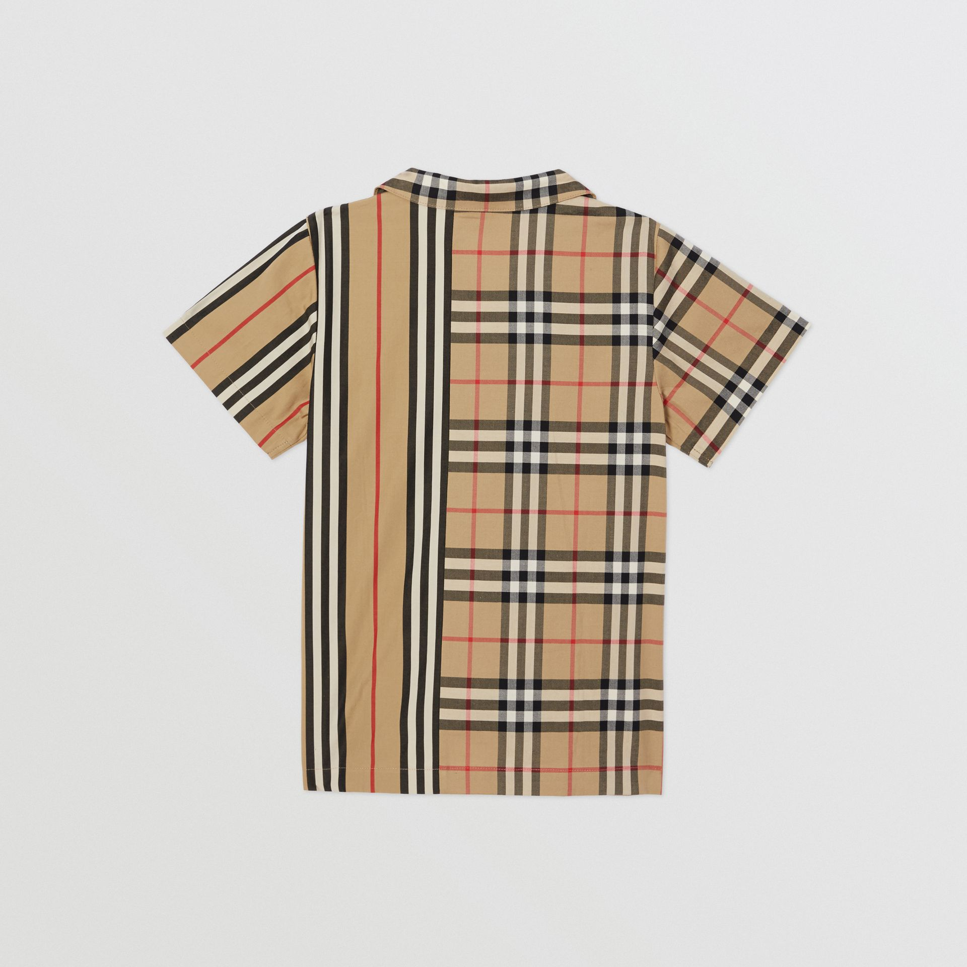 Short-sleeve Vintage Check and Icon Stripe Shirt in Archive Beige | Burberry Australia - gallery image 3