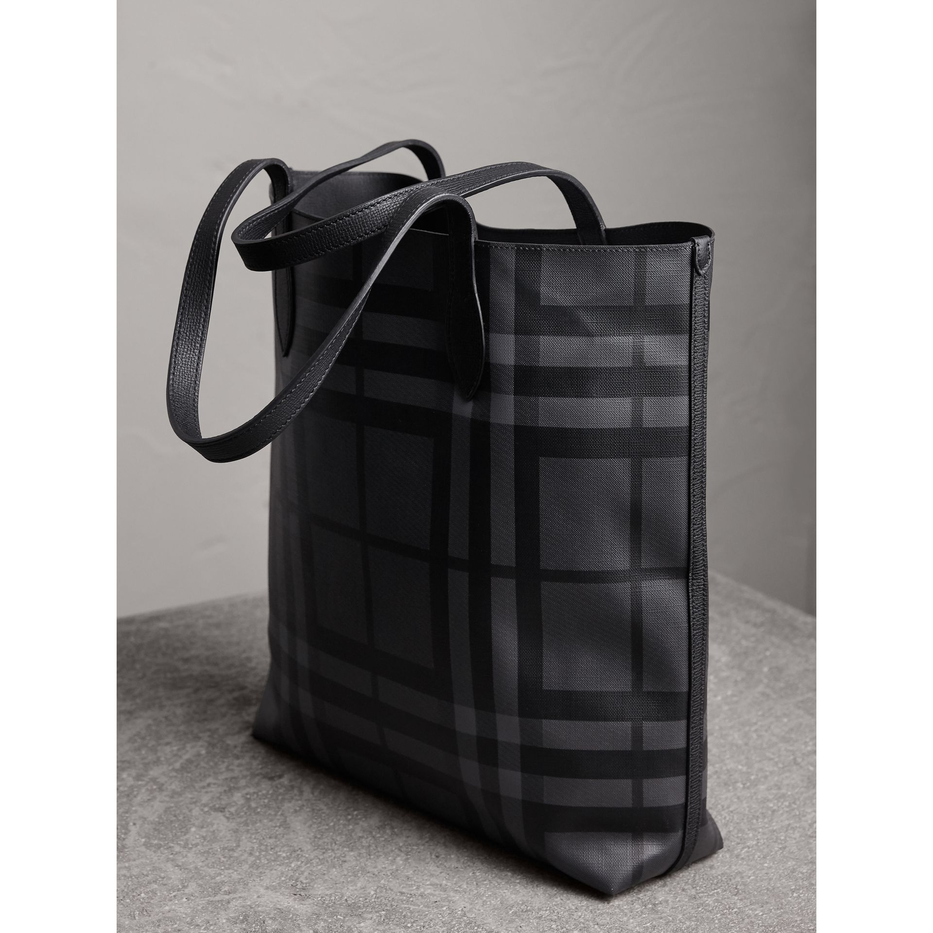 Medium London Check and Leather Tote in Charcoal/black - Men | Burberry - gallery image 3