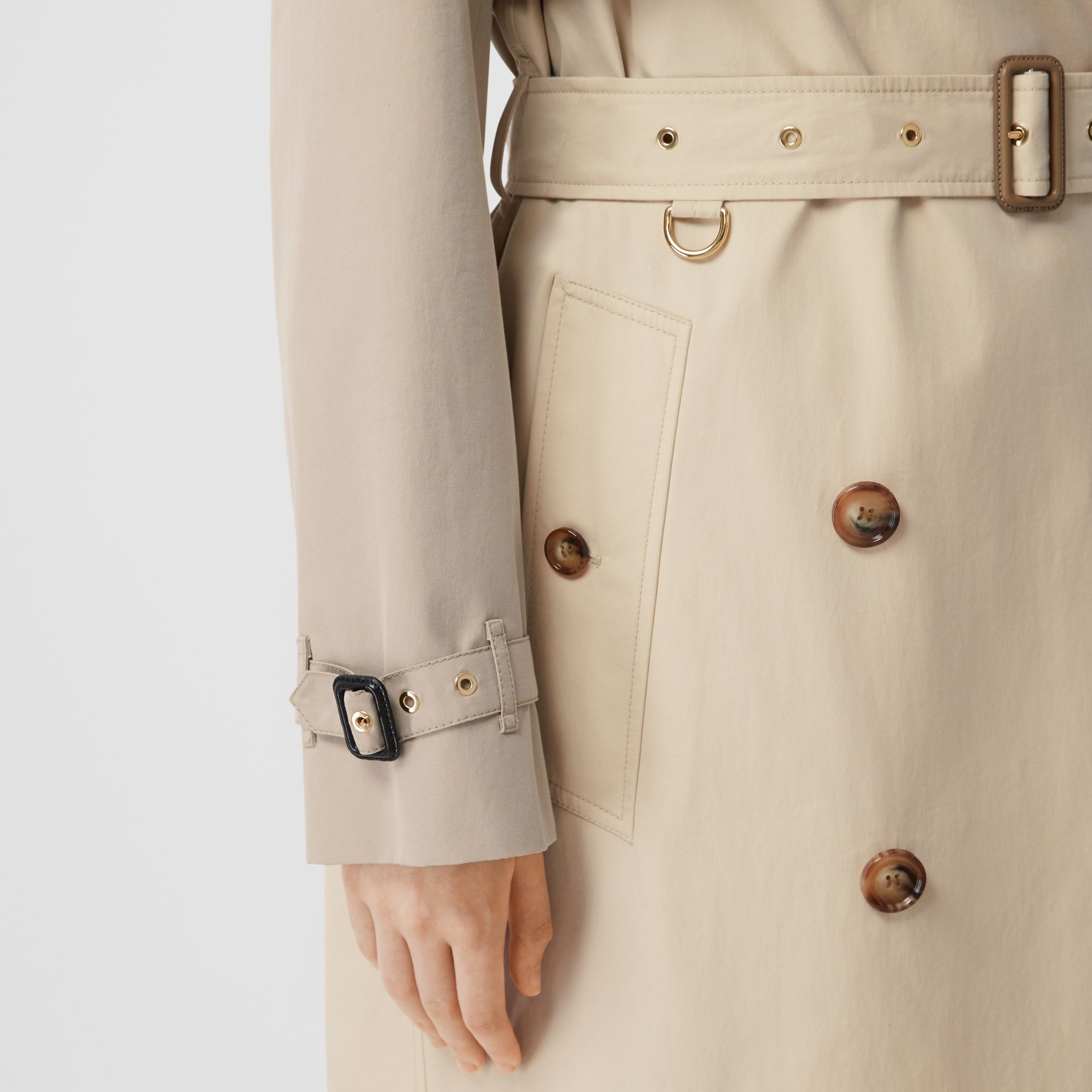 Two-tone Reconstructed Trench Coat in Light Sand - Women | Burberry Hong Kong S.A.R - gallery image 3