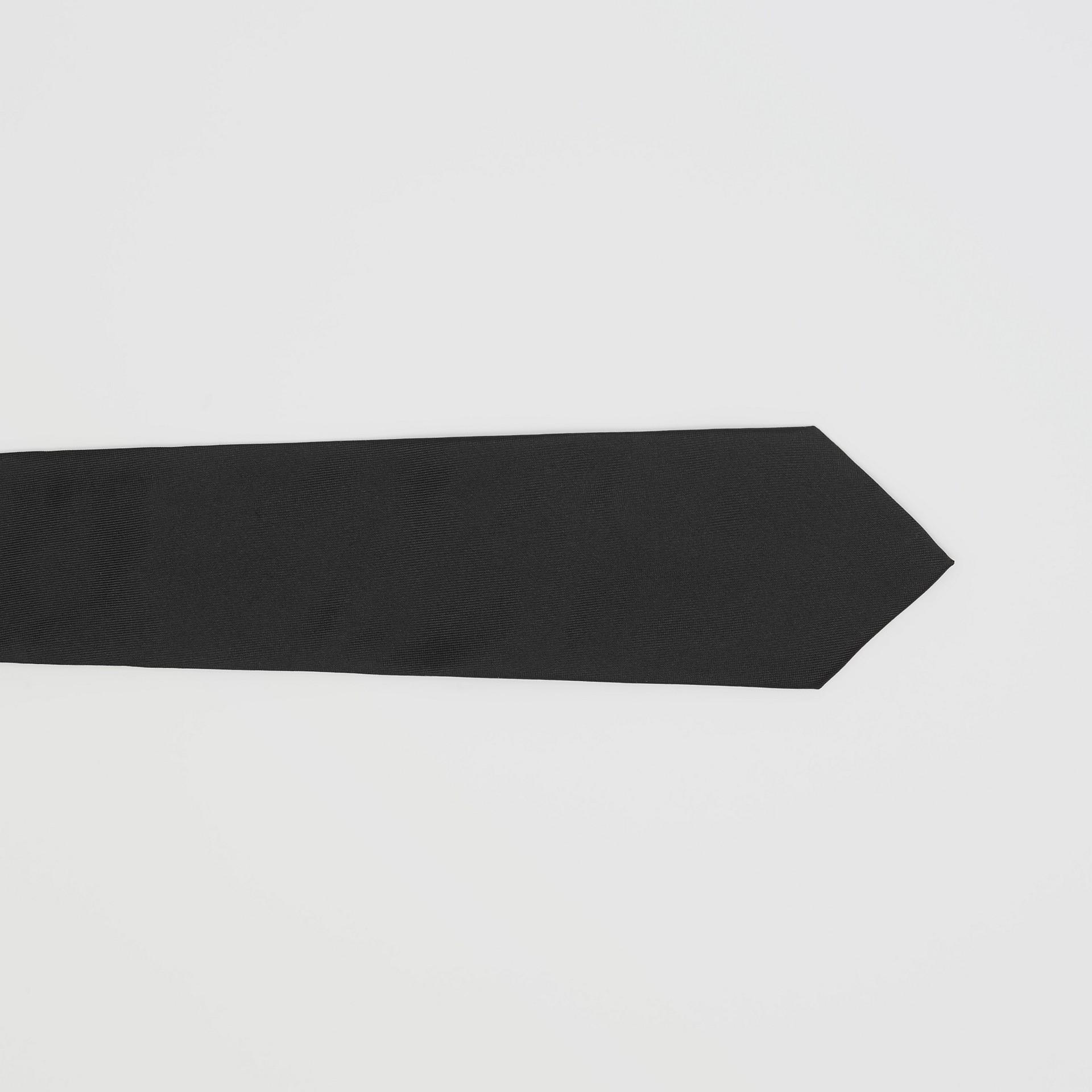 經典剪裁絲質領帶 (黑色) - 男款 | Burberry - 圖庫照片 1