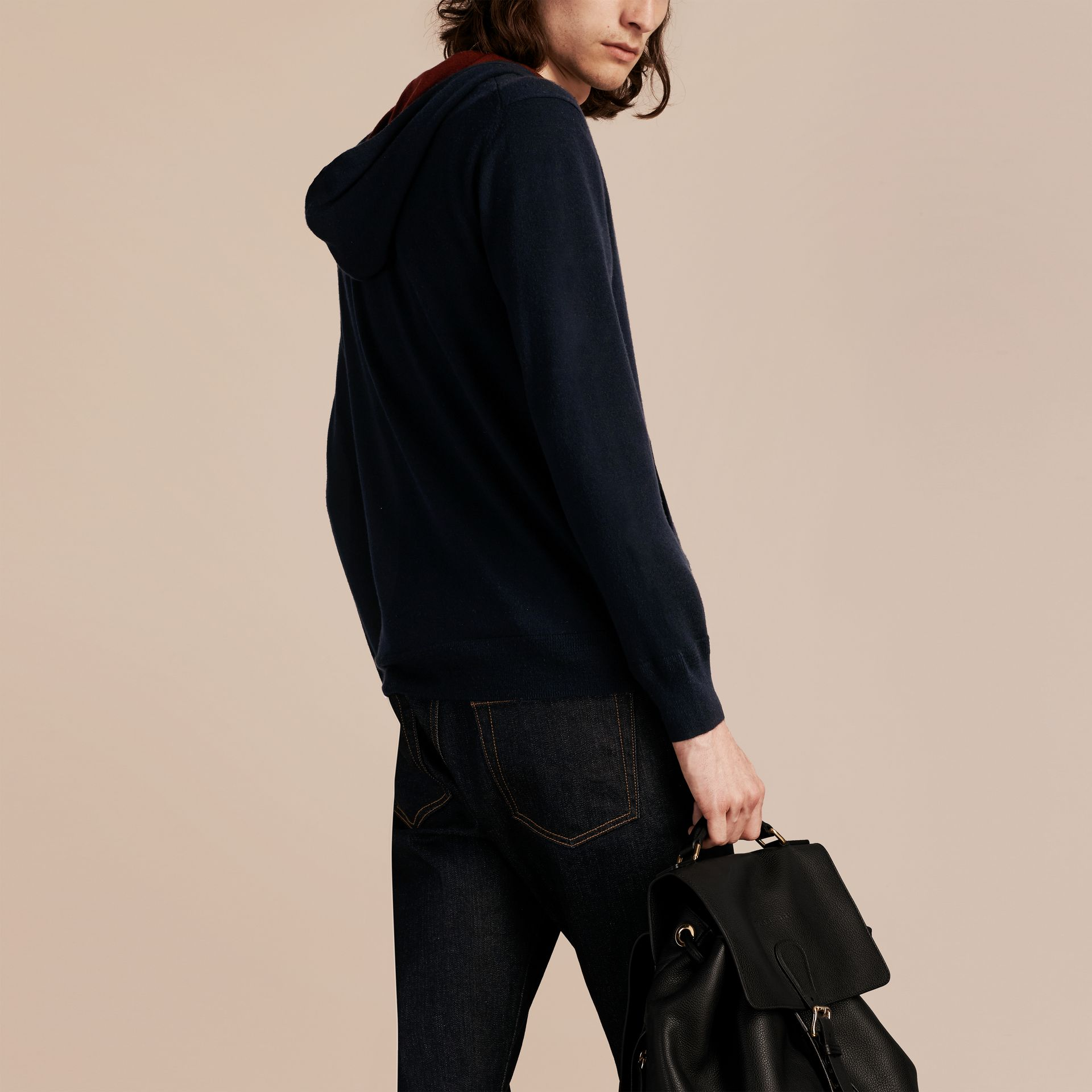 Navy Two-tone Cashmere Hooded Top - gallery image 3