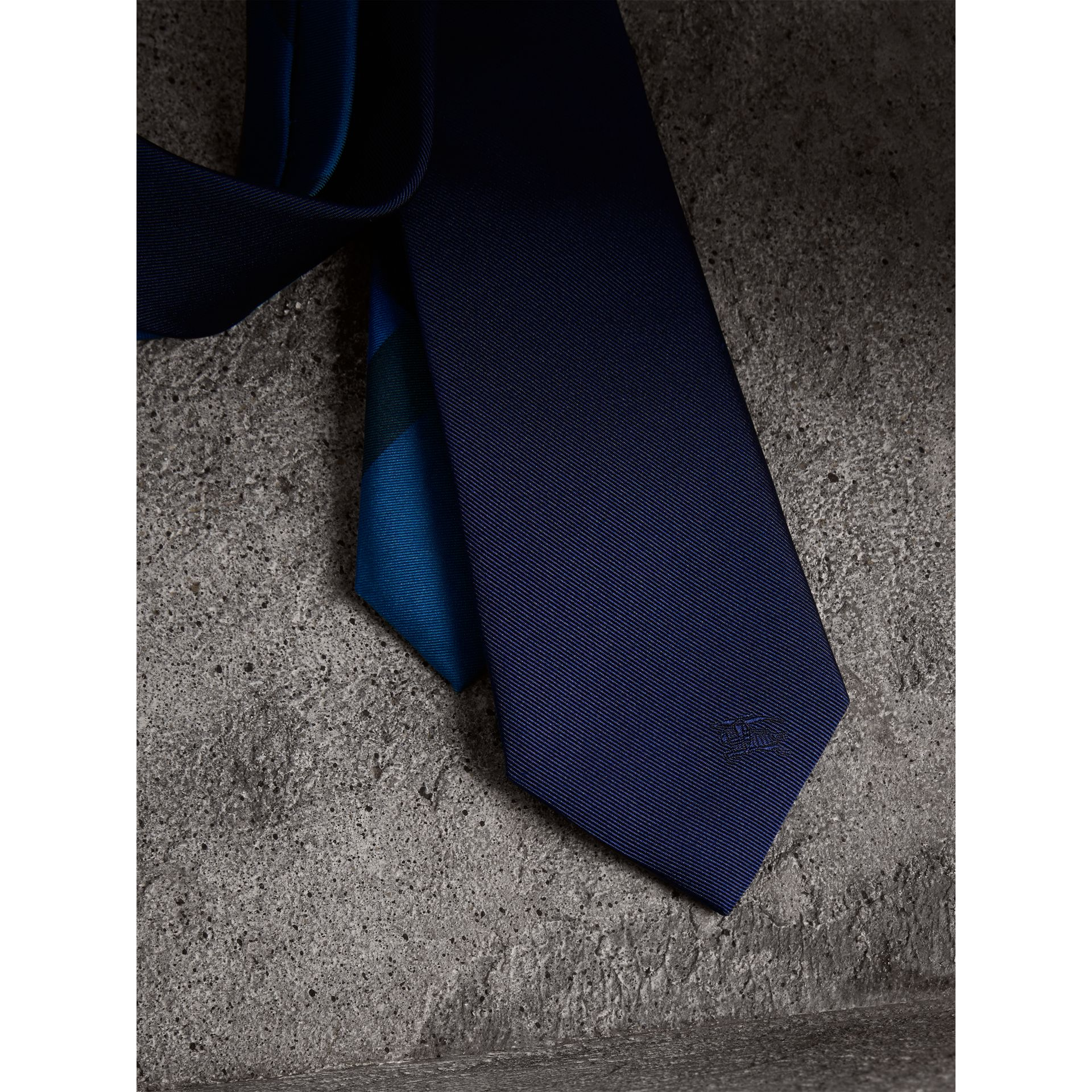 Slim Cut Check Silk Twill Tie in Navy - Men | Burberry Canada - gallery image 1