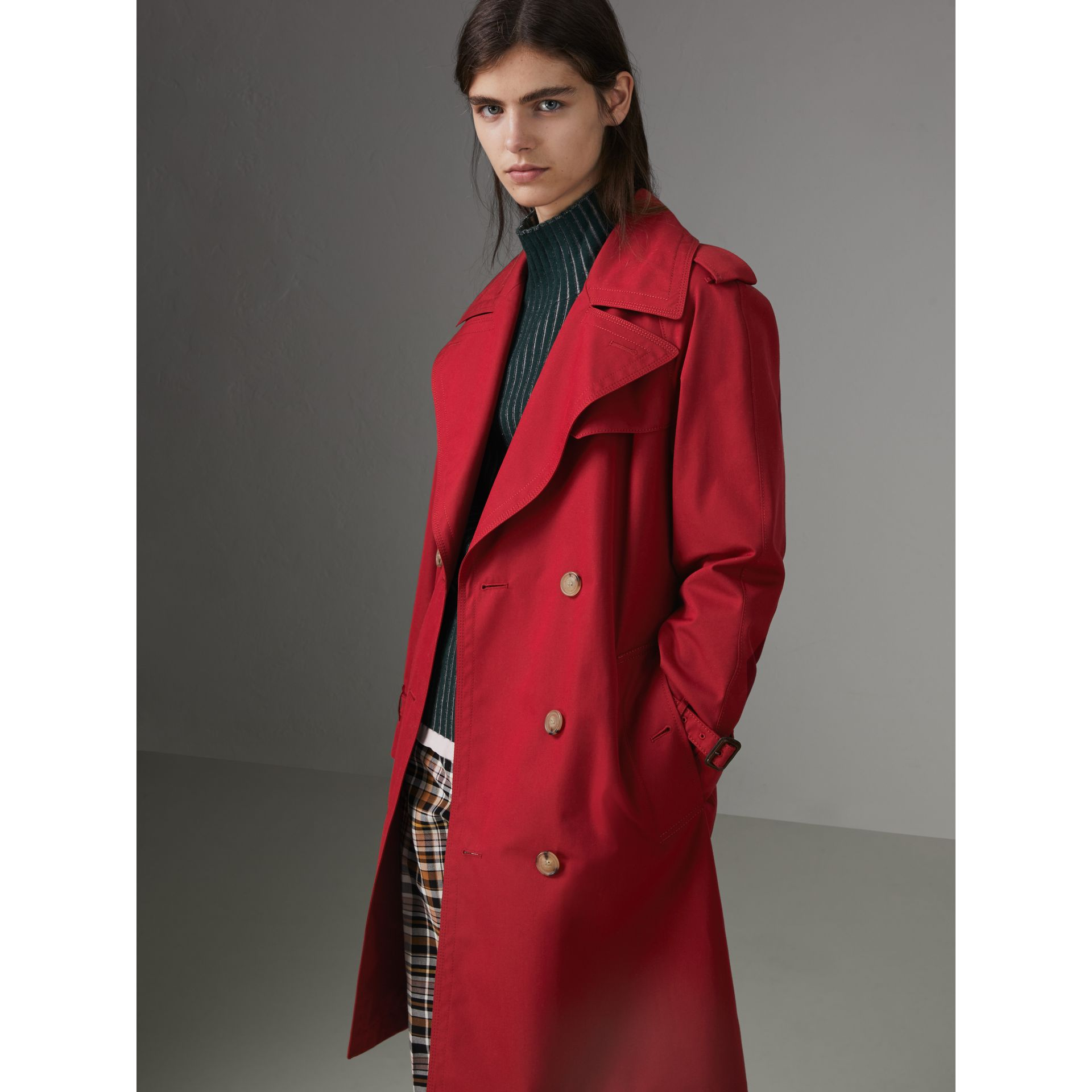 Scarf-print-lined Tropical Gabardine Trench Coat in Parade Red - Women | Burberry - gallery image 6