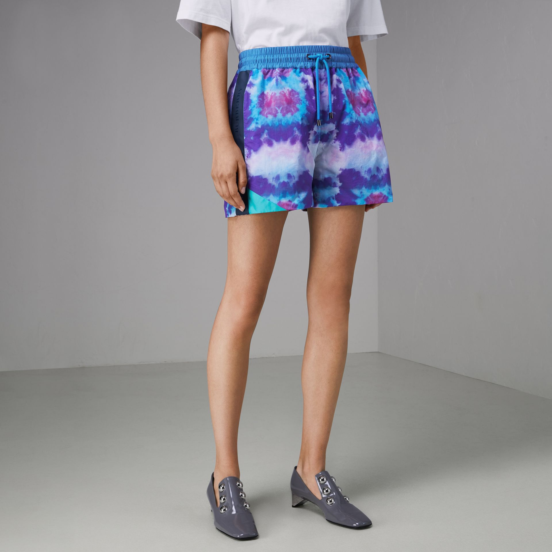 Tie-dye Print Shell Shorts in Orchid Purple - Women | Burberry - gallery image 4