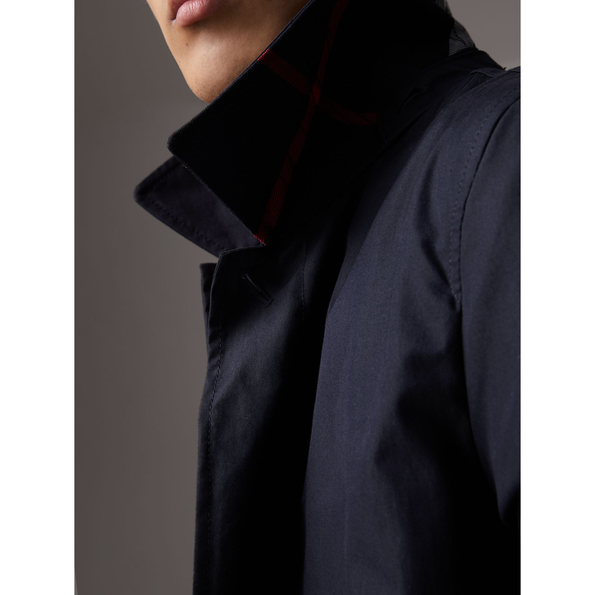 Detachable Hood Cotton Blend Car Coat with Warmer in Navy - Men | Burberry - gallery image 3