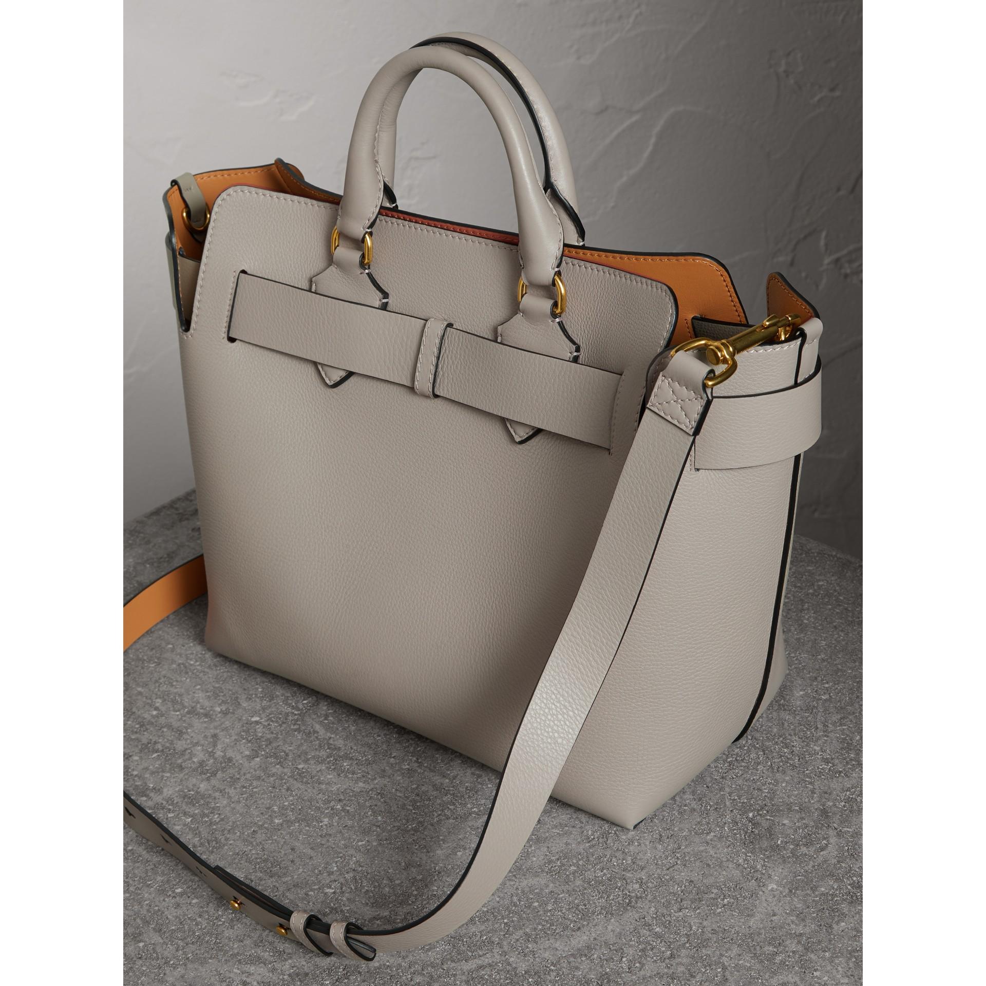 Bolsa Belt em couro - Média (Cinza Mineral) - Mulheres | Burberry - galeria de imagens 4