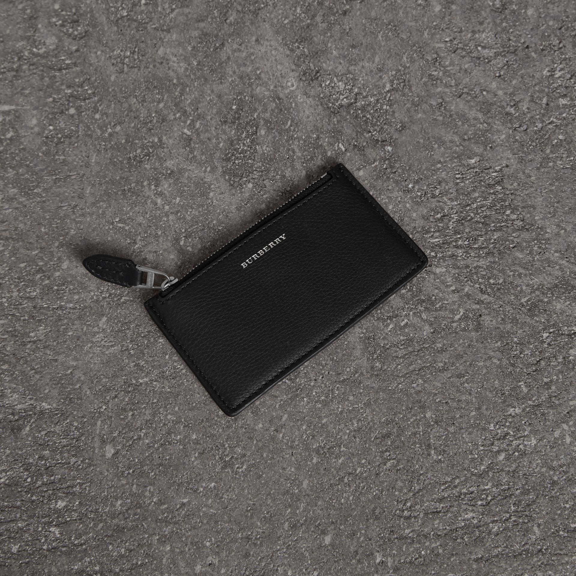 Two-tone Leather Zip Card Case in Black | Burberry Canada - gallery image 0