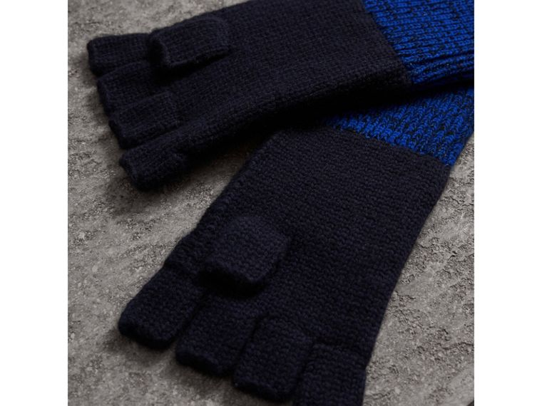 Wool Cashmere Fingerless Gloves in Navy | Burberry Singapore - cell image 2