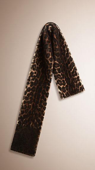 Cachecol de shearling com estampa animal print
