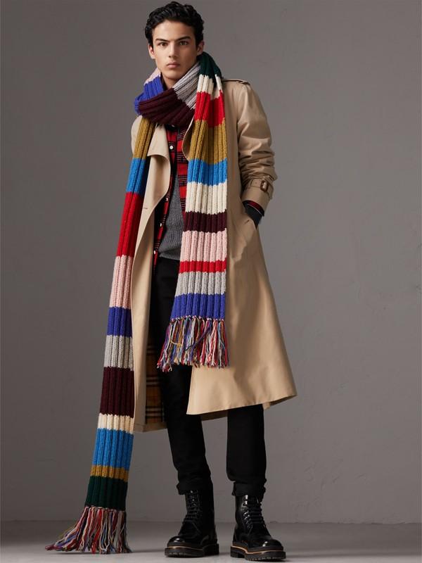 Bufanda extralarga en punto acanalado de lana a franjas de colores (Variados) | Burberry - cell image 3