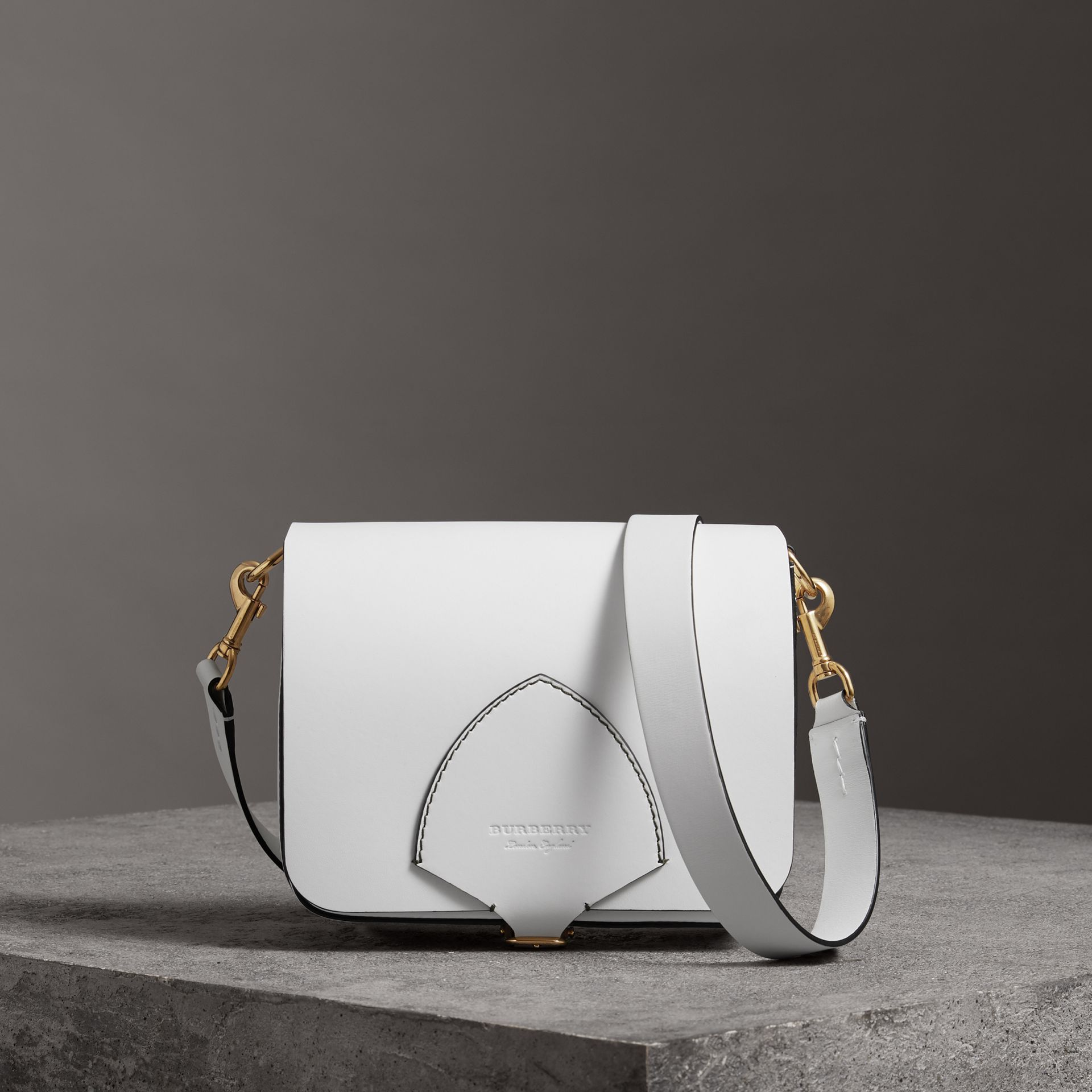Grand sac The Satchel carré en cuir (Blanc Craie) - Femme | Burberry - photo de la galerie 0