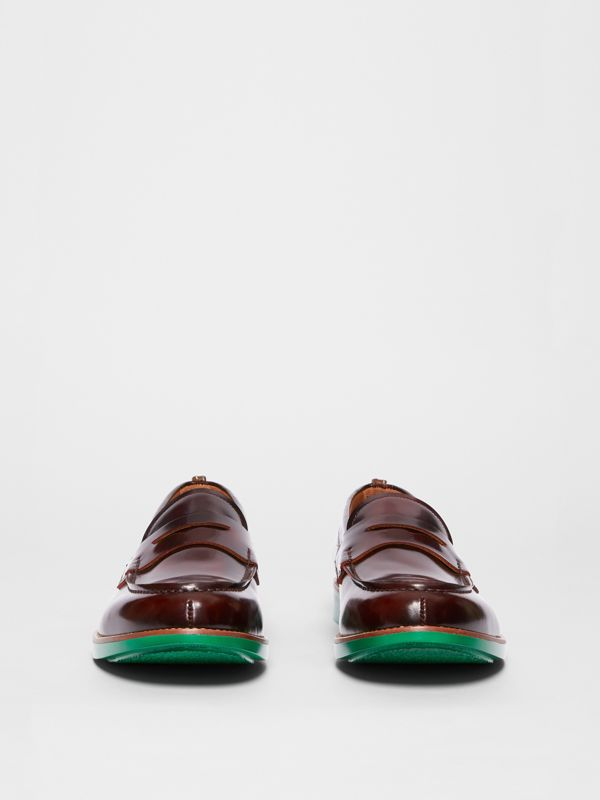 D-ring Detail Contrast Sole Leather Loafers in Bordeaux/green - Men | Burberry Singapore - cell image 3
