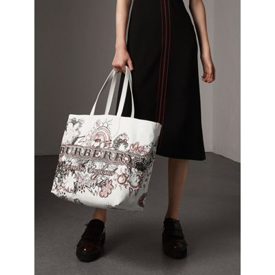 The large Reversible Doodle tote - White Burberry mSphogyv