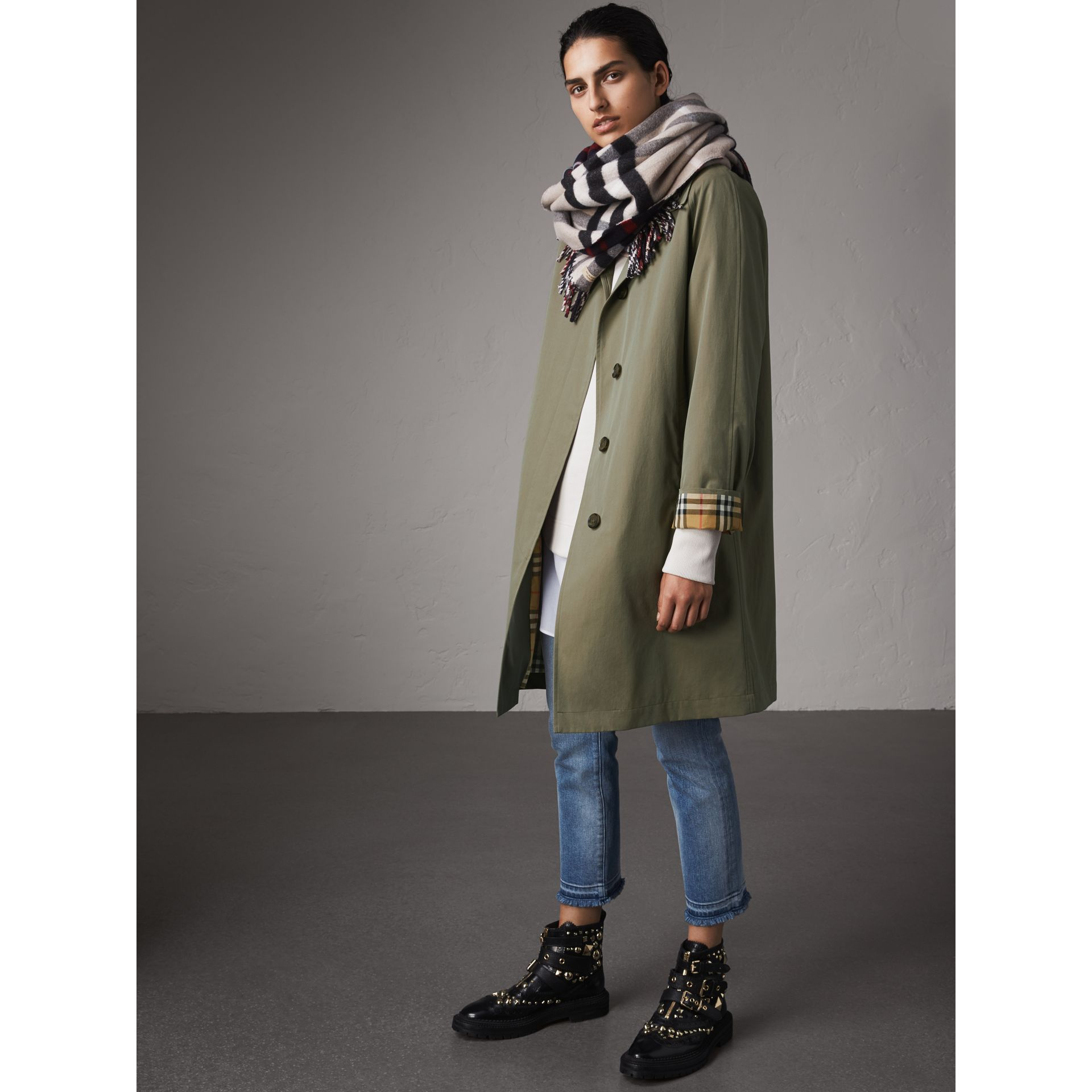 The Camden – Long Car Coat in Chalk Green - Women | Burberry - gallery image 6