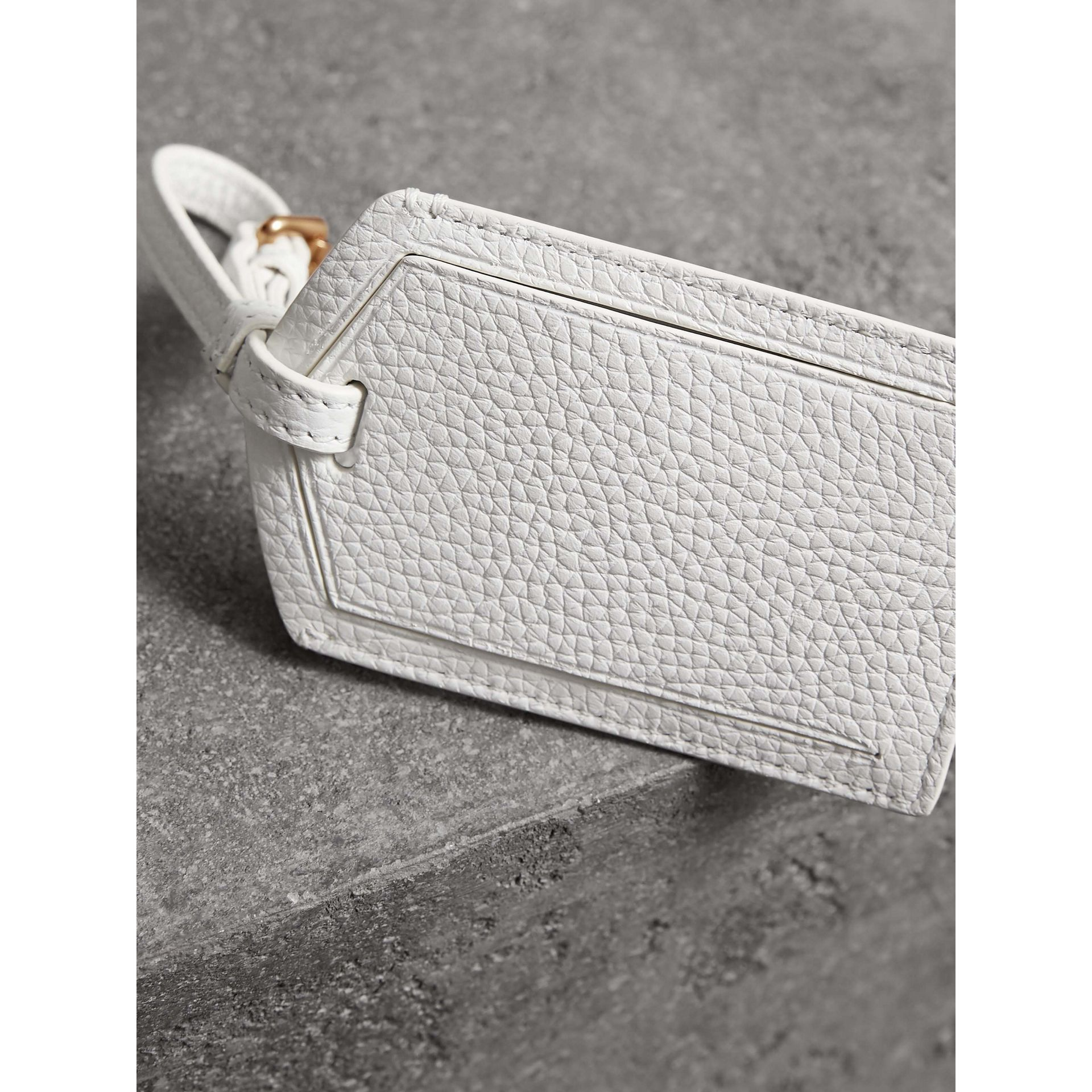 Grainy Leather Luggage Tag in Chalk White | Burberry - gallery image 3