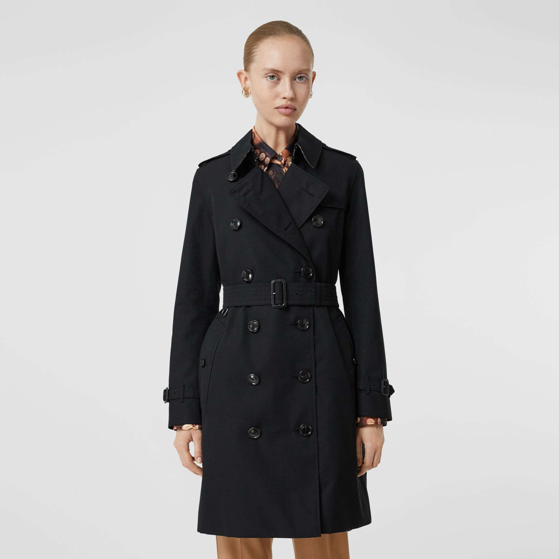 Kensington Fit Cotton Gabardine Trench Coat in Black - Women | Burberry - gallery image 7