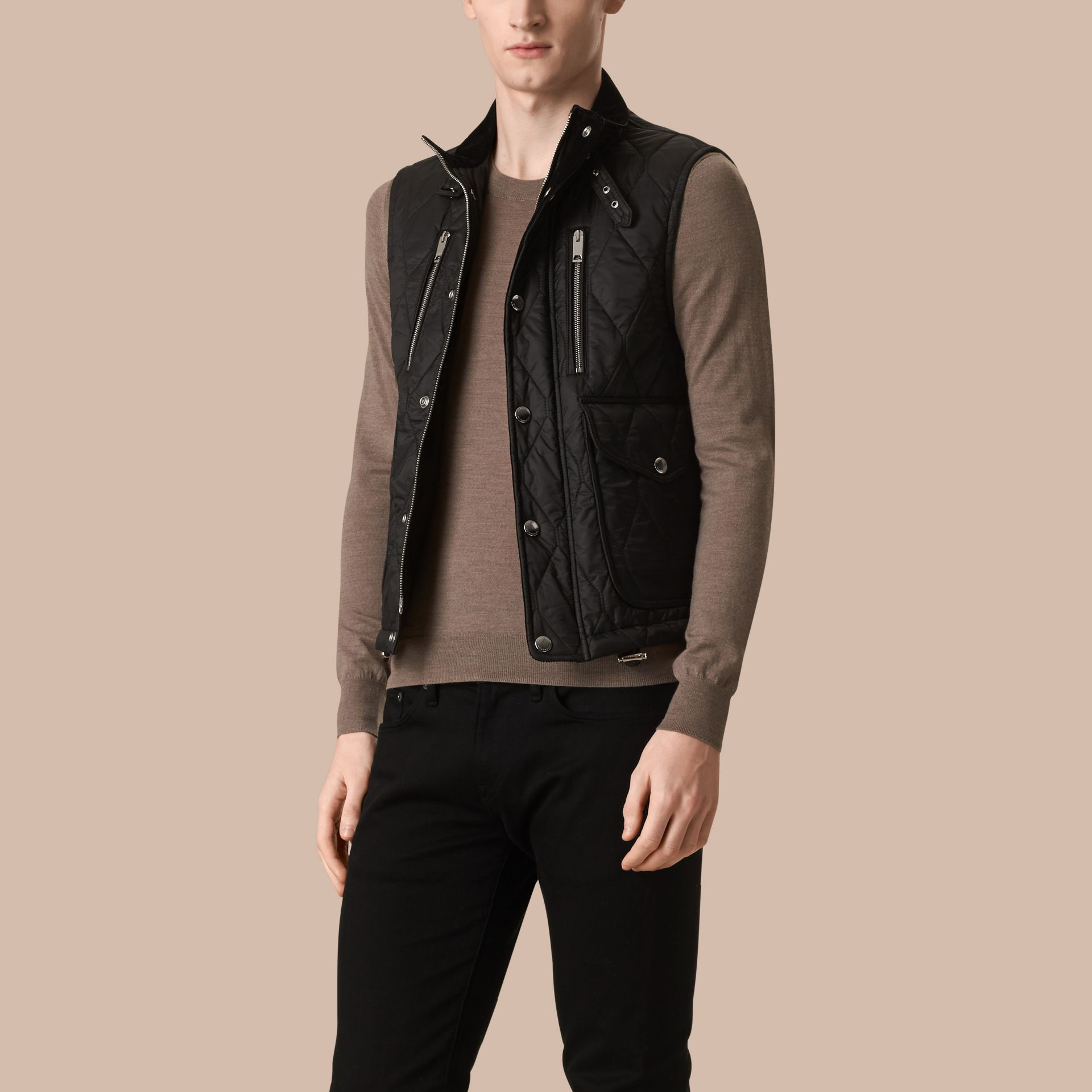 Black Multi-Pocket Diamond Quilted Gilet Black - gallery image 4