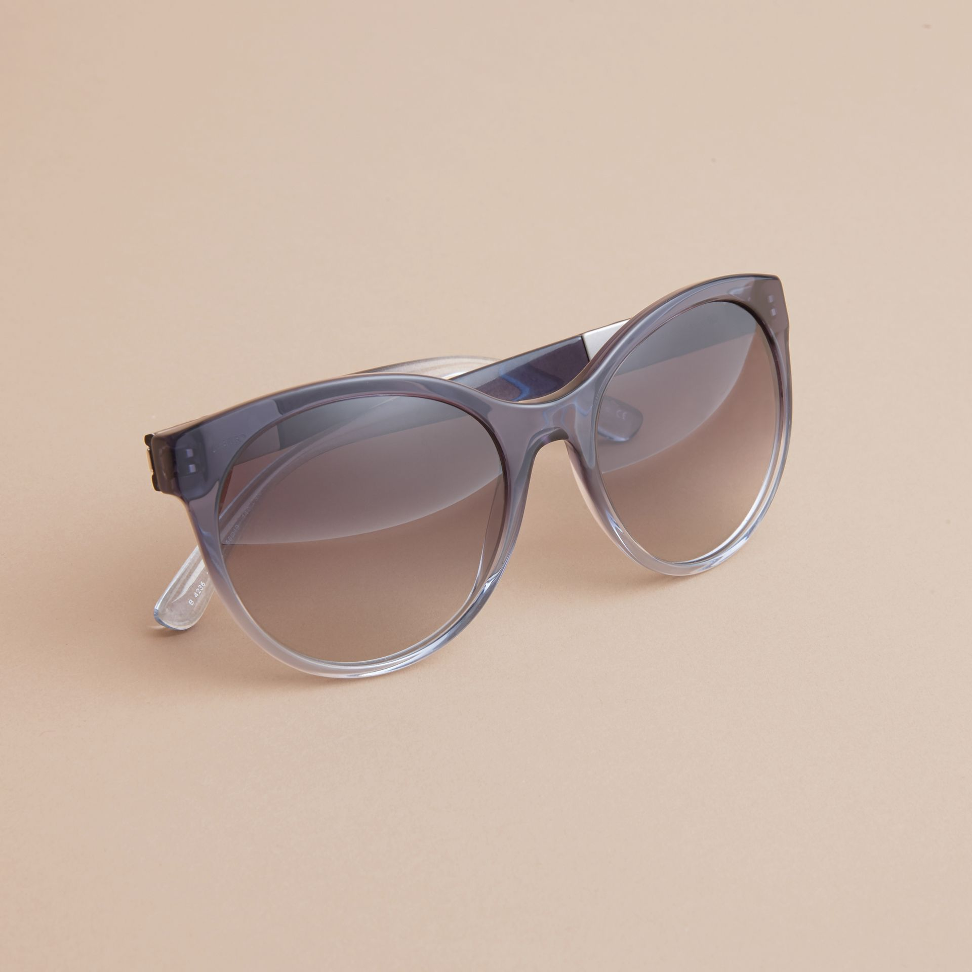 Check Detail Round Frame Sunglasses Blue - gallery image 3