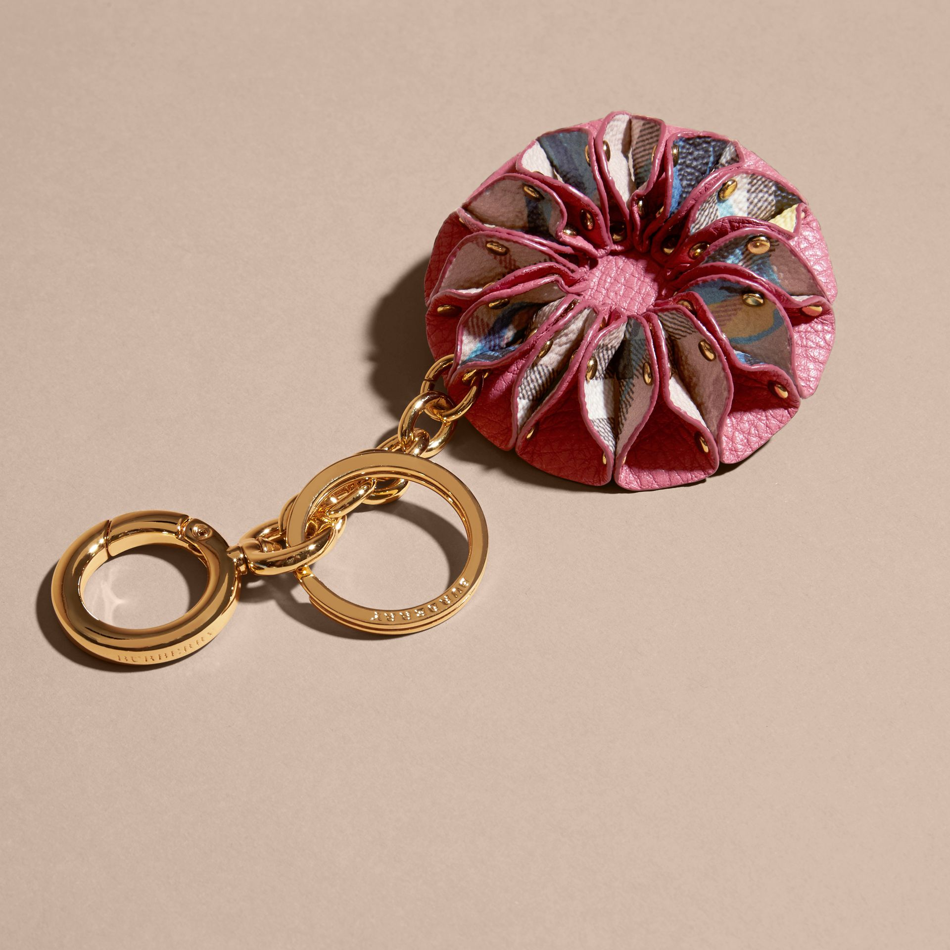 Plum pink Floral Print Haymarket Check Concertina Key Charm Plum Pink - gallery image 2