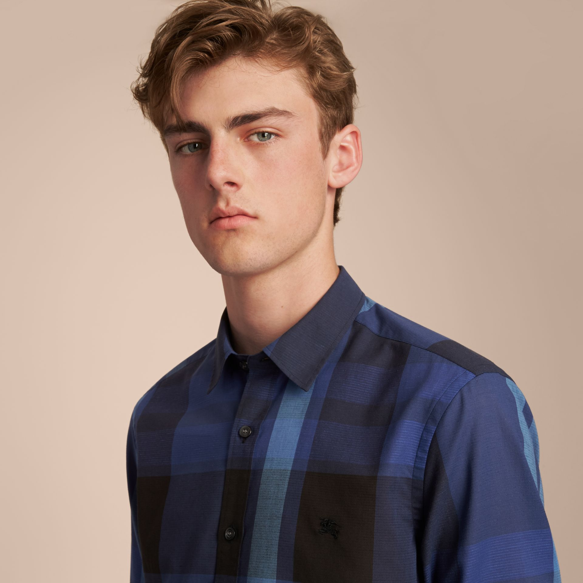 Check Cotton Linen Shirt in Bright Navy - Men | Burberry Canada - gallery image 5