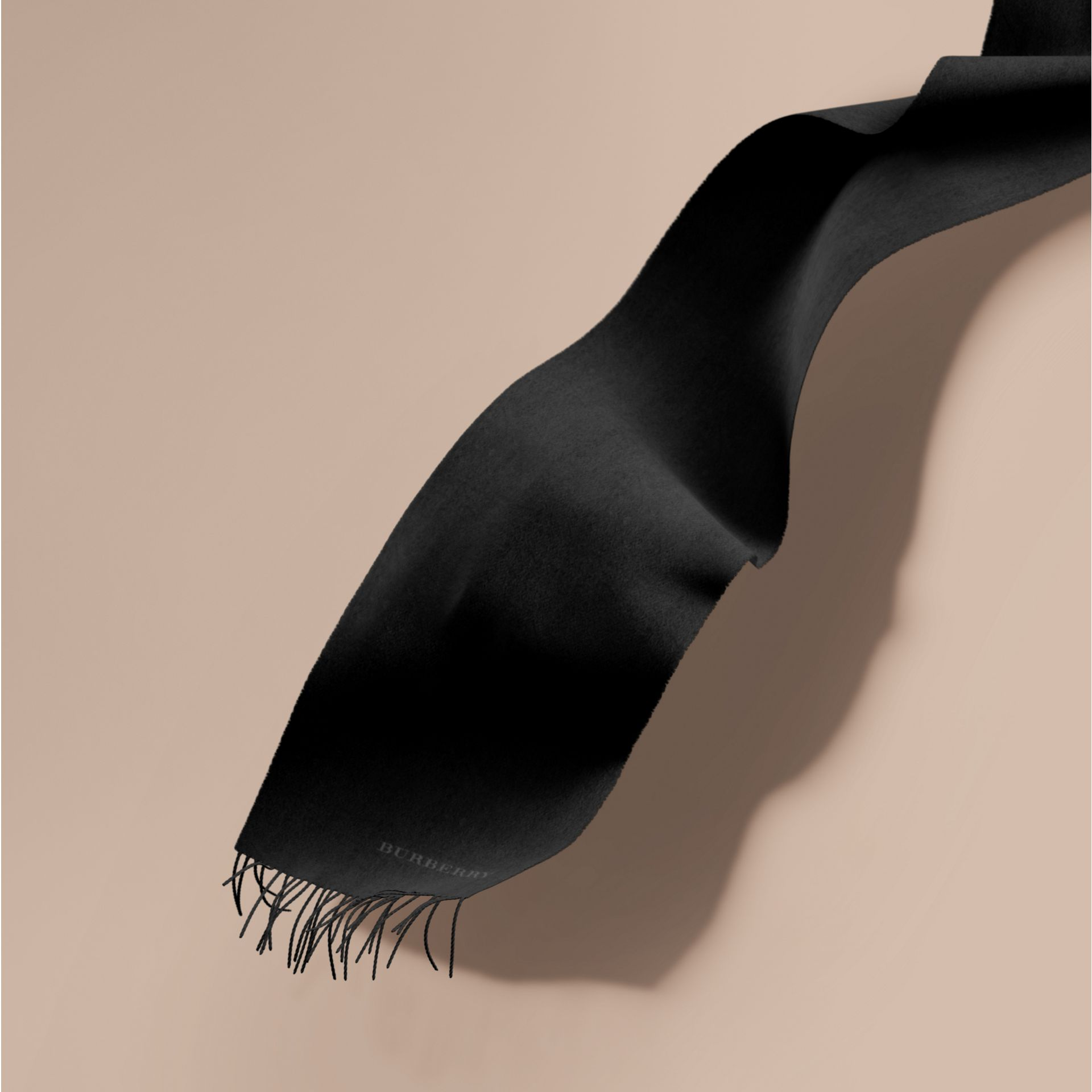 The Classic Cashmere Scarf in Black - gallery image 1
