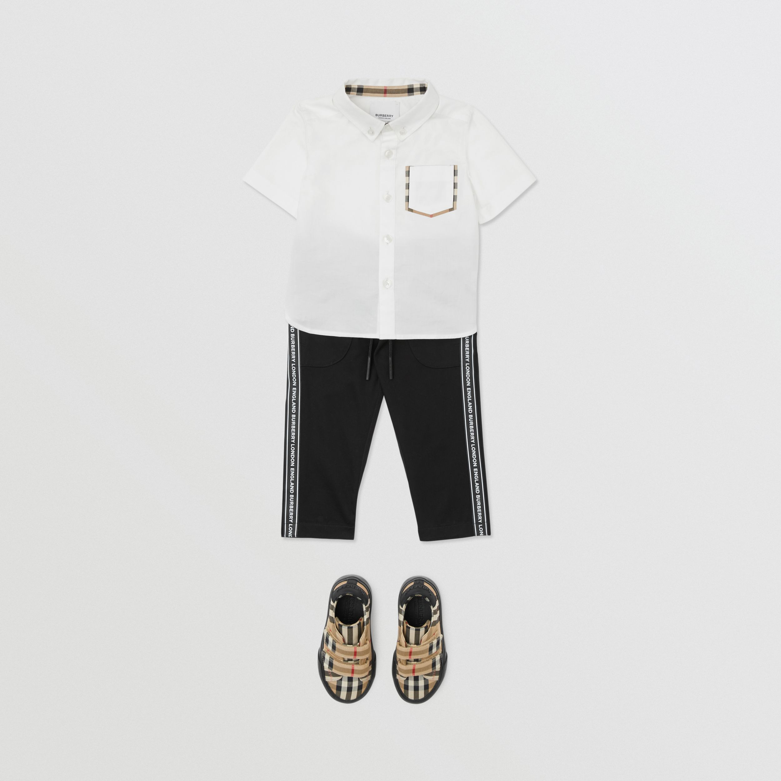 Short-sleeve Vintage Check Detail Cotton Oxford Shirt in White - Children | Burberry - 3