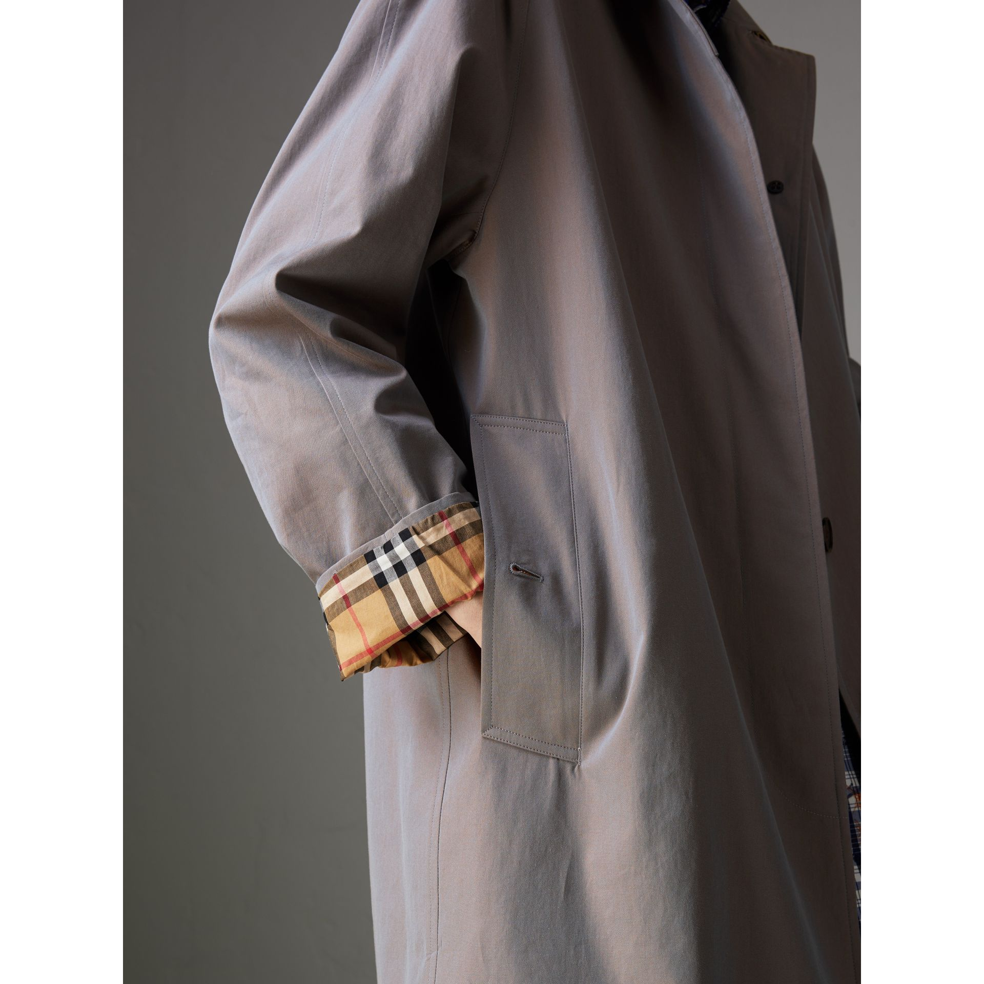 Car Coat The Camden (Gris Lilas) - Femme | Burberry - photo de la galerie 4