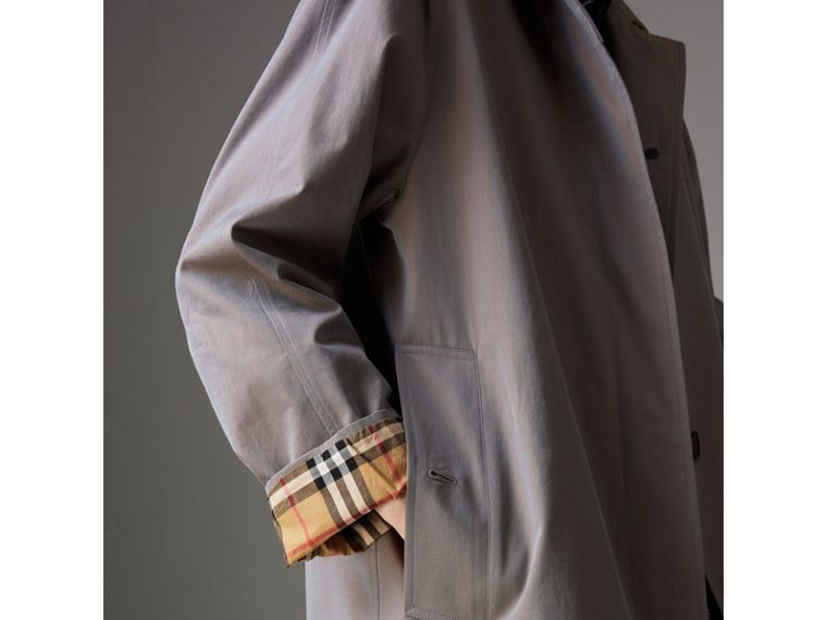 The Camden Car Coat in Lilac Grey - Women | Burberry Australia - cell image 4