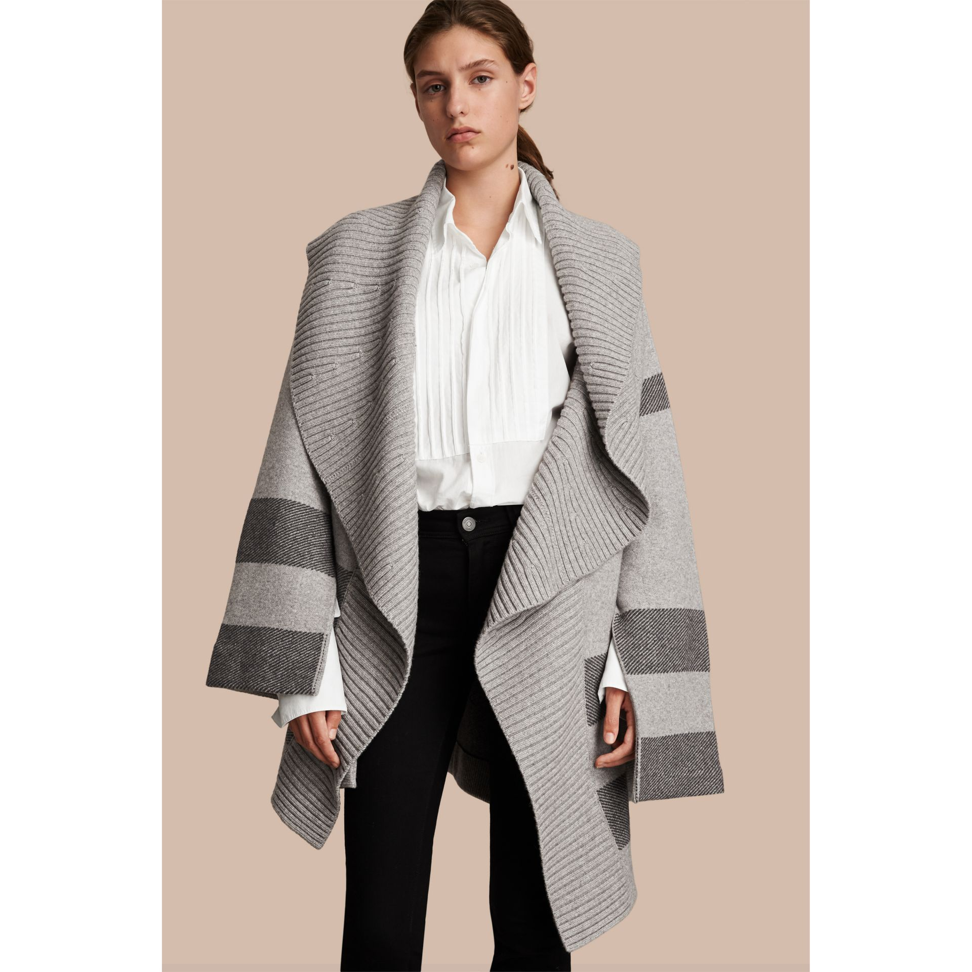 Check Wool Cashmere Blend Cardigan Coat in Pale Grey Melange - Women | Burberry Singapore - gallery image 5