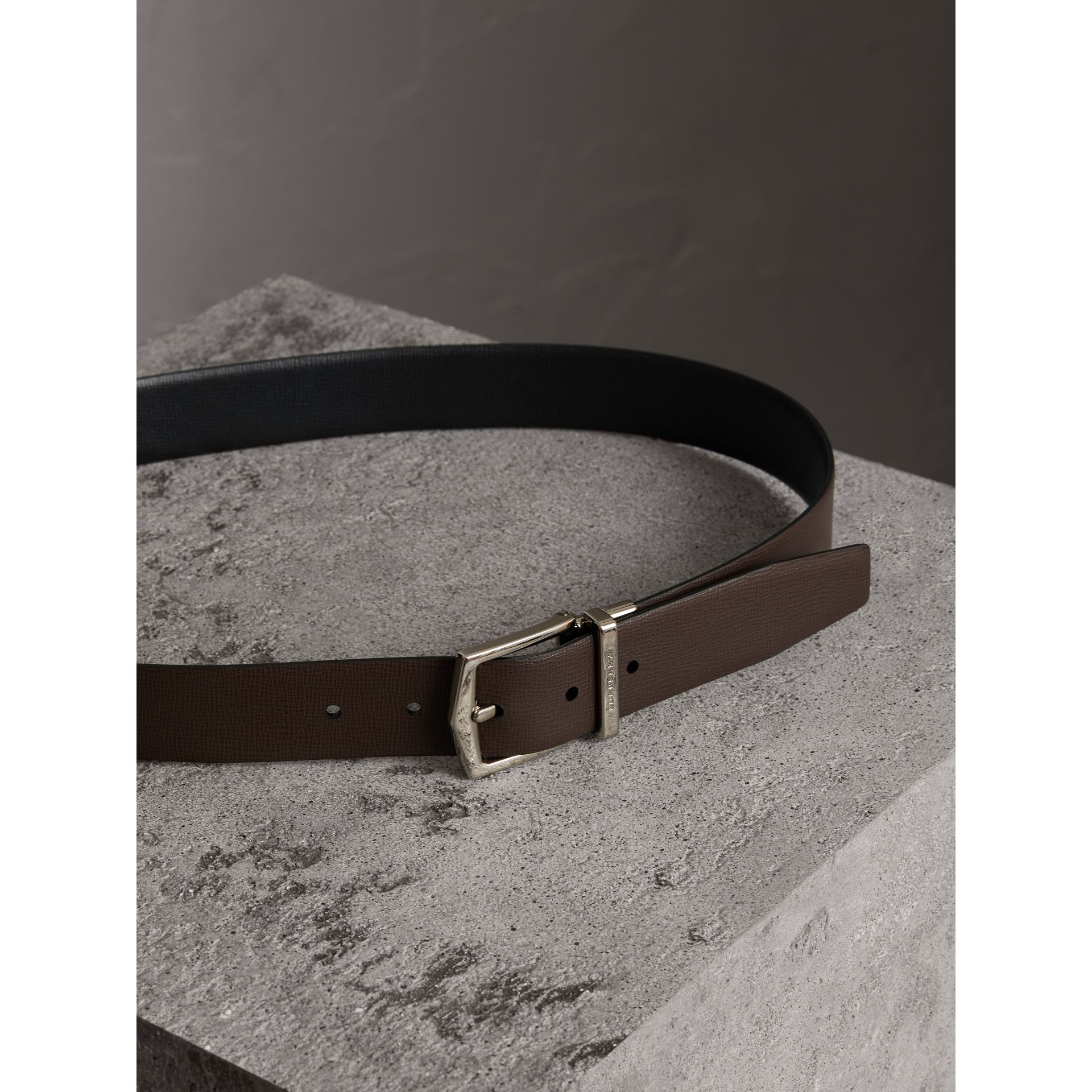 Reversible London Leather Belt in Black/chocolate - Men | Burberry United Kingdom - gallery image 3